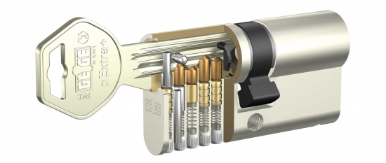 immagine relativa a Cylinder Locks With Serrated Keys Gege Pextra